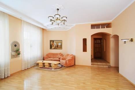 Сдается 3-комнатная квартира посуточно в Минске, Раковская д.16.