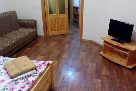 Сдается 1-комнатная квартира посуточно в Ханты-Мансийске, ул. Промышленная, 9А.