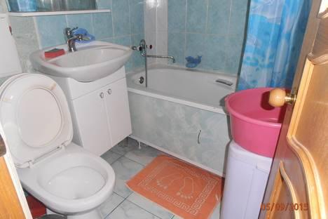 Сдается 1-комнатная квартира посуточнов Тихорецке, Октябрьская 100.