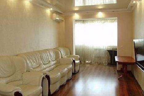 Сдается 3-комнатная квартира посуточно в Судаке, Бирюзова, 58.