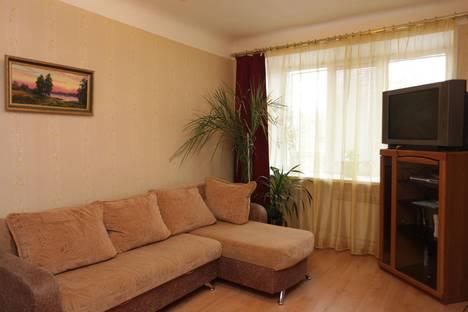 Сдается 1-комнатная квартира посуточнов Нижнем Новгороде, площадь Максима Горького, 1/61.