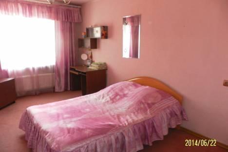 Сдается 3-комнатная квартира посуточно в Чите, ул. Бутина, 93.