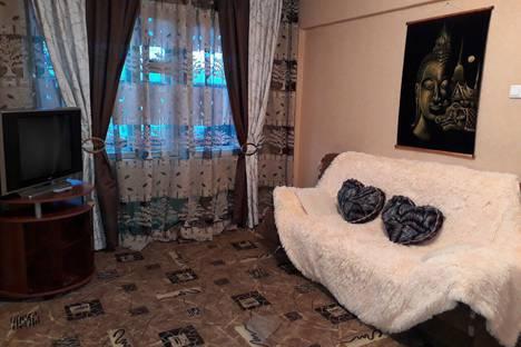 Сдается 1-комнатная квартира посуточно в Ангарске, 17 мкр 1д.
