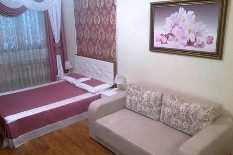 Сдается 1-комнатная квартира посуточно в Севастополе, проспект Октябрьской Революции 67.