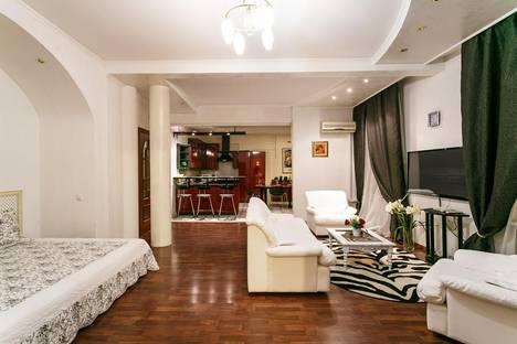 Сдается 4-комнатная квартира посуточно в Минске, Карла Маркса улица, д. 9.