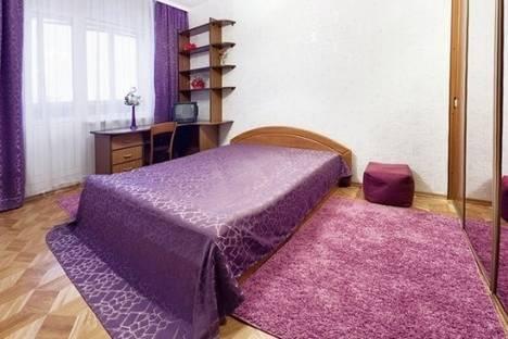 Сдается 2-комнатная квартира посуточнов Дзержинске, Любимова проспект, д. 30, корп. 2.