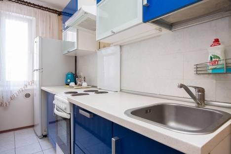 Сдается 2-комнатная квартира посуточно в Лобне, ул. Калинина, 19б.