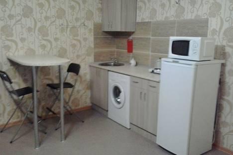 Сдается 2-комнатная квартира посуточно, ул. Дзержинского, 1.