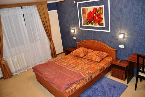 Сдается 1-комнатная квартира посуточно, проспект Мира, 72.