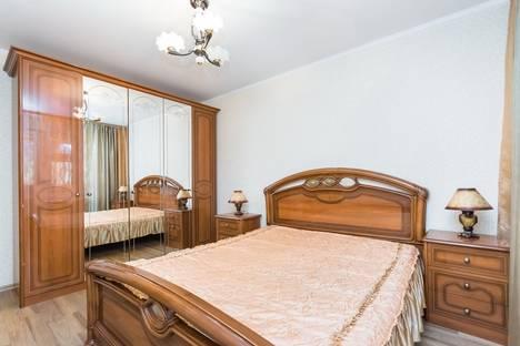 Сдается 2-комнатная квартира посуточнов Казани, Ноксинский спуск 22.