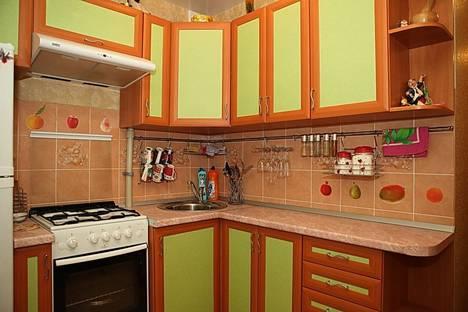 Сдается 2-комнатная квартира посуточно в Дзержинске, бульвар Химиков, 3.