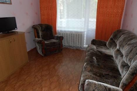 Сдается 1-комнатная квартира посуточно в Ухте, Строителей проезд, 19.