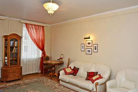 Сдается комната посуточнов Санкт-Петербурге, Лиговсикий пр. 143.