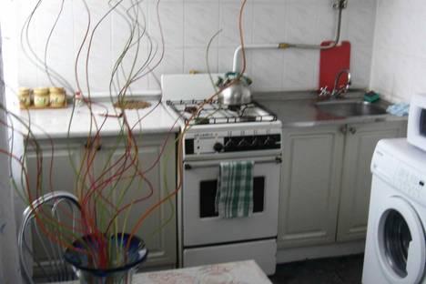Сдается 2-комнатная квартира посуточно в Херсоне, пер. Пугачева, 7.