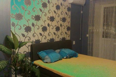 Сдается 1-комнатная квартира посуточно в Ильичёвске, улица Ленина, 29.