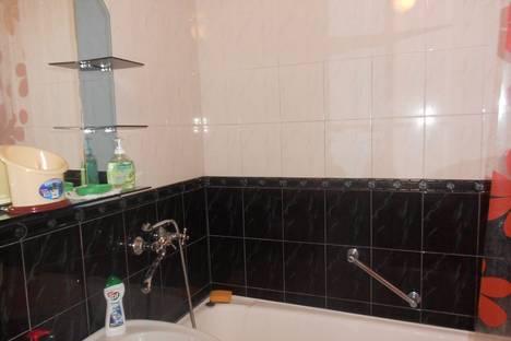 Сдается 1-комнатная квартира посуточно в Ильичёвске, 1мая 6б.