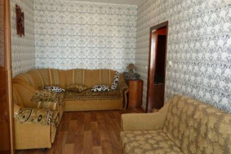 Сдается 1-комнатная квартира посуточно в Ильичёвске, ул. Данченко, 6.