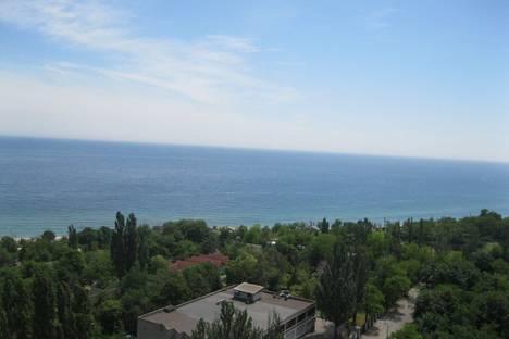 Сдается 2-комнатная квартира посуточно в Ильичёвске, Хантадзе 4.