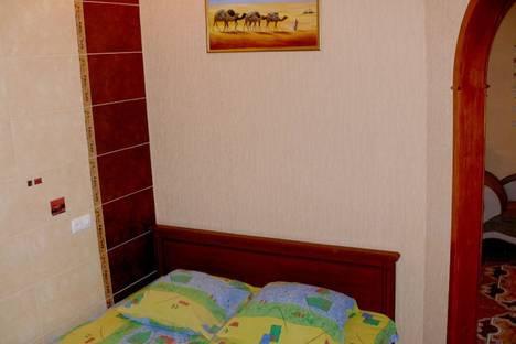 Сдается 2-комнатная квартира посуточно в Херсоне, пр. Ушакова 73.