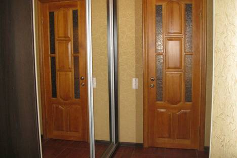 Сдается 1-комнатная квартира посуточно в Ильичёвске, Хантадзе 4.