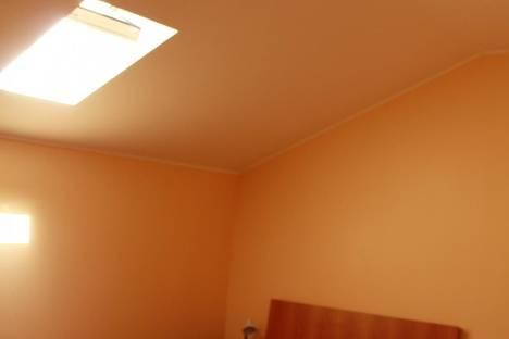 Сдается 5-комнатная квартира посуточнов Ильичёвске, Садовая,3.