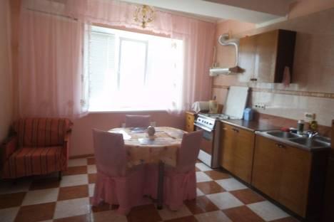 Сдается 1-комнатная квартира посуточно в Ильичёвске, гер.сталінграда 1.