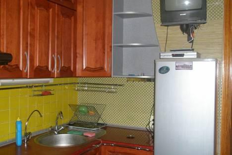 Сдается 2-комнатная квартира посуточно в Херсоне, Краснощекиной 2а.