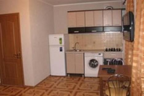 Сдается 2-комнатная квартира посуточно в Ильичёвске, парковая 18.