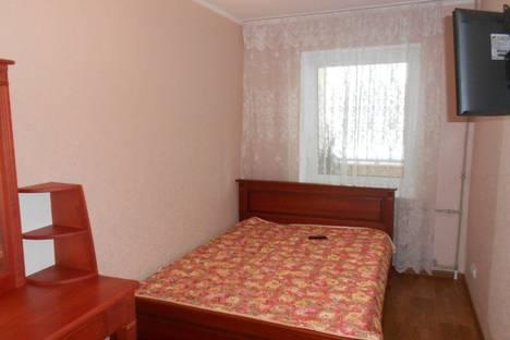 Сдается 2-комнатная квартира посуточно в Ильичёвске, ленина 10.