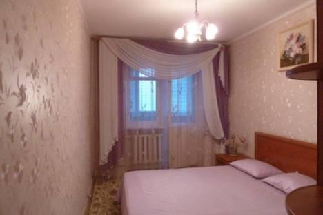 Сдается 3-комнатная квартира посуточно в Ильичёвске, Парковая 14.
