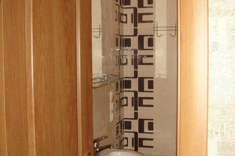 Сдается 2-комнатная квартира посуточно в Херсоне, пер.Казацкий,19.