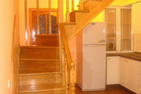 Сдается 3-комнатная квартира посуточно в Ильичёвске, причал № 114.