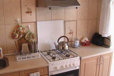 Сдается 1-комнатная квартира посуточно в Ильичёвске, ул. Парковая, 12.