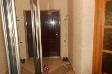 Сдается 2-комнатная квартира посуточно в Черноморске, ленина 18.