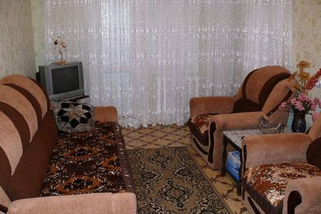Сдается 1-комнатная квартира посуточно в Херсоне, ул. Комкова, 92а.