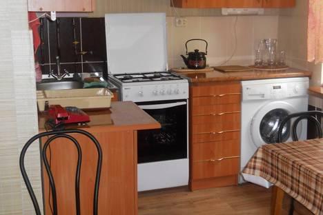 Сдается 1-комнатная квартира посуточно в Херсоне, ул. Небесной сотни, 21.