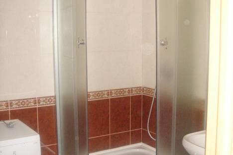Сдается 1-комнатная квартира посуточно в Херсоне, проспект Ушакова, 66.