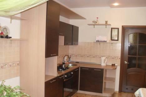 Сдается 1-комнатная квартира посуточно в Ильичёвске, 1 мая 1г.