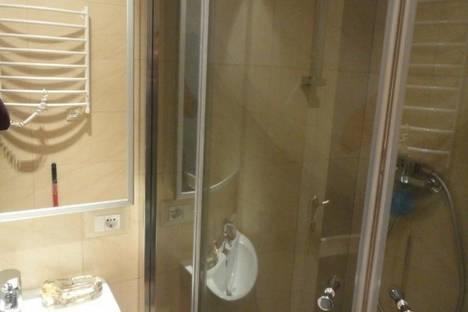 Сдается 2-комнатная квартира посуточно в Ильичёвске, Данченко 5а.