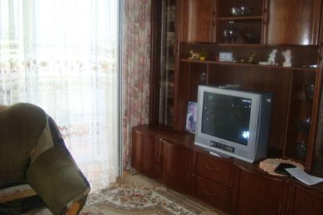Сдается 1-комнатная квартира посуточно в Ильичёвске, 1 мая,19.