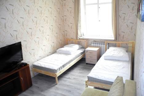 Сдается 3-комнатная квартира посуточно во Владивостоке, ул. Посьетская, 23.
