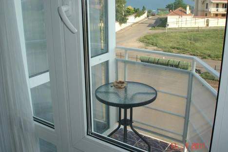 Сдается 3-комнатная квартира посуточно в Ильичёвске, ул. Парковая ,52.