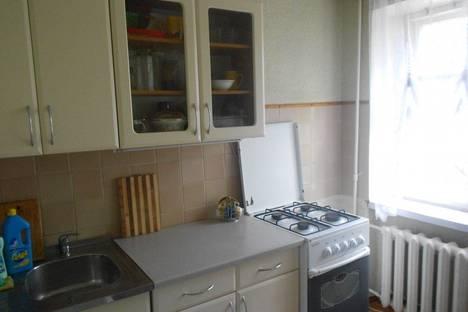 Сдается 1-комнатная квартира посуточно в Ильичёвске, ленина 14а.
