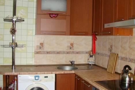 Сдается 1-комнатная квартира посуточно в Ильичёвске, 1 Мая дом19.