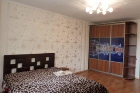 Сдается 2-комнатная квартира посуточнов Ильичёвске, Парковая, 48.