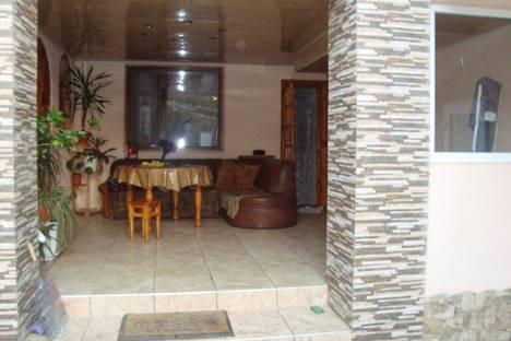 Сдается 5-комнатная квартира посуточнов Геническе, Курортная 28.