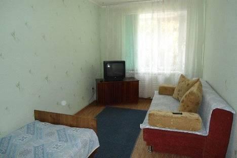 Сдается 1-комнатная квартира посуточнов Тюмени, Ямская 110.