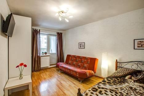 Сдается 1-комнатная квартира посуточнов Санкт-Петербурге, Ленинский пр, д75 к1.