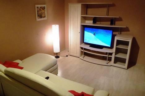 Сдается 1-комнатная квартира посуточно в Вологде, ул. Пугачева, 13.