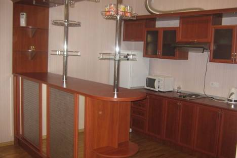 Сдается 2-комнатная квартира посуточно в Симферополе, Ростовская, 19А.